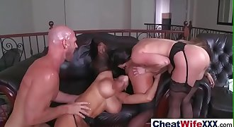 Sex On Tape With Horny Cheating Horny Wife (kendra kissa peta) mov-29
