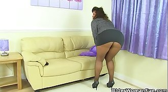British milf Gilly doesn'_t wear knickers just tights today